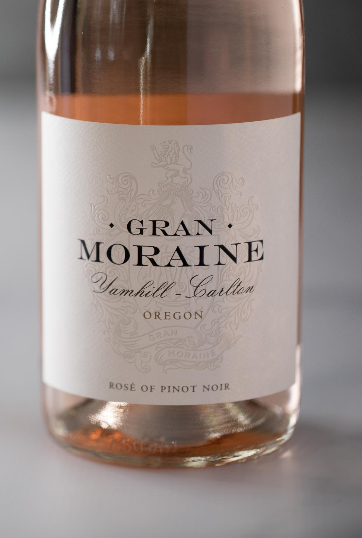 Gran Moraine Rose bottle on a marble table